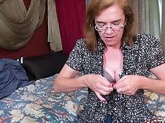 Amateur, Granny, Hairy, Masturbation, Mature, Old, Seduction, Sex Toys,