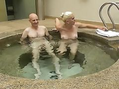Amateur, HD, Homemade, Jacuzzi, Kissing, Moaning,
