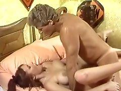 Bimbo, Beauté, Dans La Chambre à Coucher, Gros Nichons, Pipe, Rétro , Dur , Sexy,